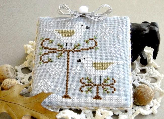 Новорічні подарунки та листівки з вишивкою: Підвіска-пінкіп для домашнього декору.