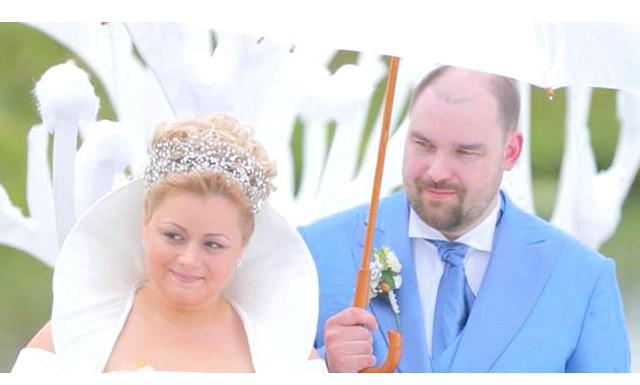 Новорічна казка на літній весіллі: По-справжньому вразити не тільки інших наречених, а й всю знімальну групу проекту вдалося героїні четвертого тижня Марині Заболотської. Марина і