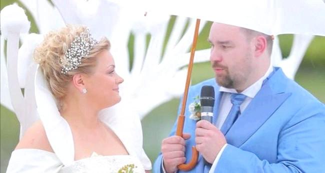 Новорічна казка на літній весіллі: