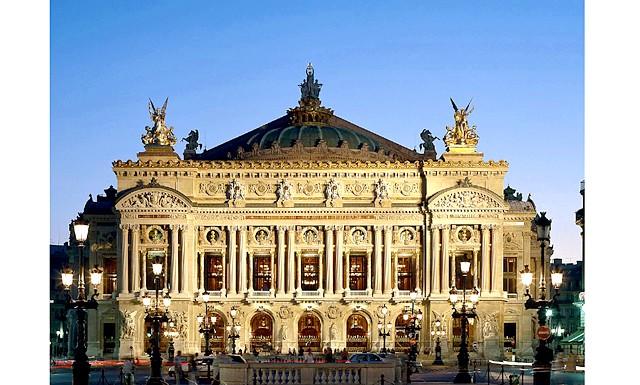 Новий рік в Парижі: врятувати світ від ордена тамплієрів: 4. Opera GarnierГранд-Опера або Опера Гарньє - це одна з найбільш затребуваних і відомих театральних майданчиків