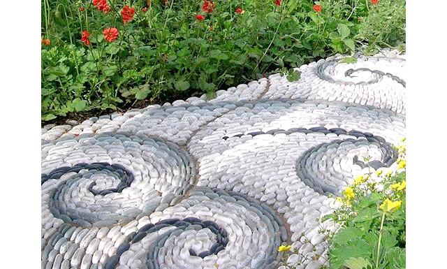 Оригінальні ідеї для використання натурального каменю: Доріжки в саду