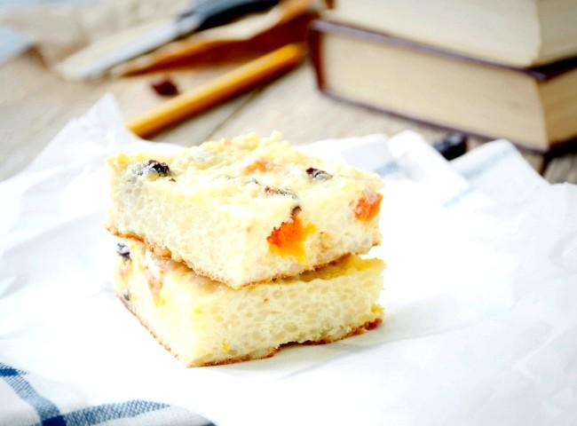 П'ять рецептів для шкільних обідів: Рисовий пудинг із сиром і сухофруктаміВаш дитина відмовляється їсти сир і молочні каші? Від цього найніжнішого