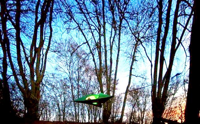 Підводний парк Зеленого озера: Озером воно є тільки півроку, у весняні та літні місяці. До зими вода Зеленого озера повністю випаровується під сонцем. На