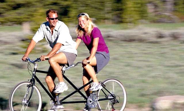 Поїздки на велосипеді підвищують настрій: Купіть собі велосипед, якщо страждаєте від нападів поганого настрою і занепаду тонусу. Фахівці з Університету Клемсона, США, шляхом наукового аналізу