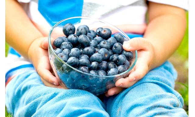 Корисні і смачні продукти для дітей