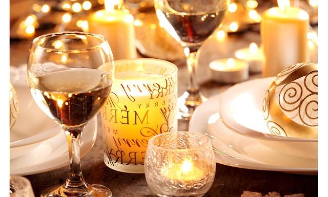 Прості поради для прикраси новорічного столу: