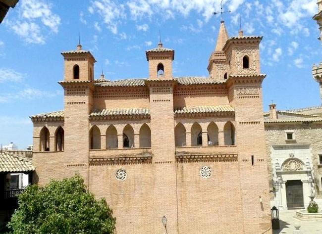 Нехай тобі насниться Пальма де Майорка: Побували ми і в «Іспанській селі» - це музей під відкритим небом, розташований в районі Сон-Еспаньолет. Ось де можна познайомитися