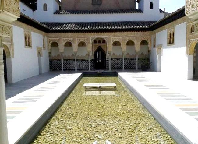 Нехай тобі насниться Пальма де Майорка: Знаменита Альгамбра в мініатюрі.