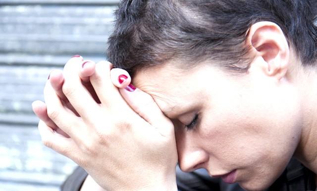 Робота довше 48 годин на тиждень призводить до алкоголізму: Дослідники з Фінського інституту професійного здоров'я спостерігали за групою жінок, які працювали протягом довгих годин щотижня. Виявилося, що