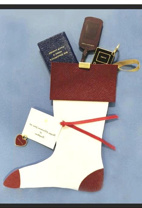 Різдвяні панчохи очима модних дизайнерів: [center] [i] Rory O'Hanlon[/i]</div>