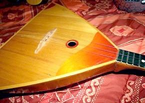 Російські народні інструменти: символічність, класифікація, історія в іменах.