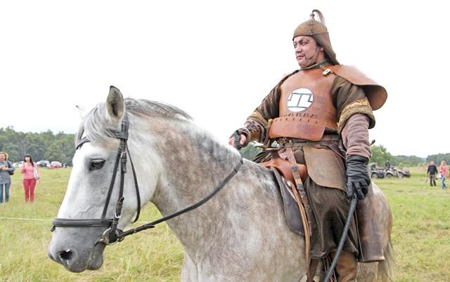 Росіяни перемогли в Молодінская Битві: Нащадок Чингіз-хана. Порода!