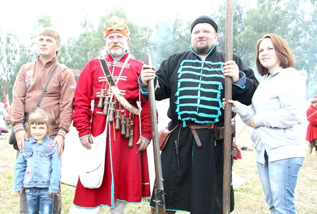 Росіяни перемогли в Молодінская Битві: Можна з усіма фотографуватися.
