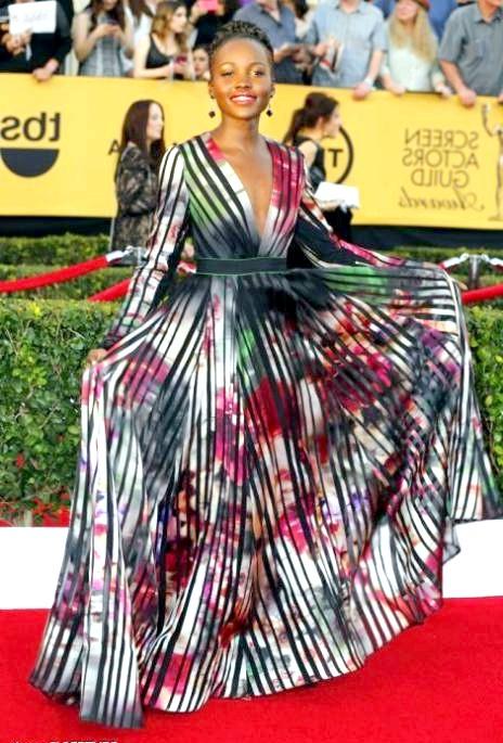 SAG Awards 2014: вбрання зірок: Люпіта Ніонго