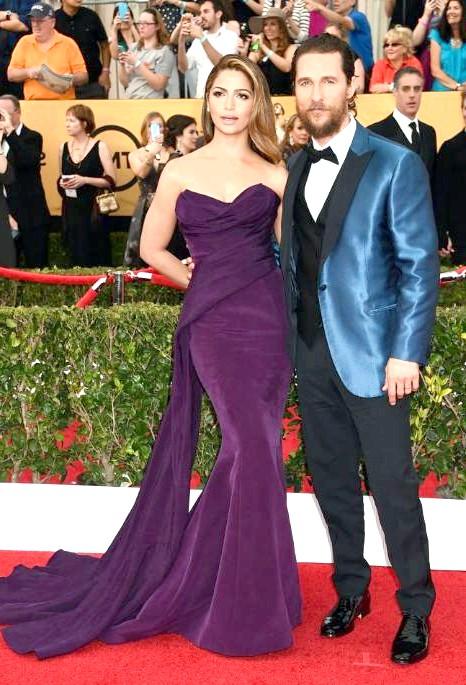 SAG Awards 2014: вбрання зірок: Актор Меттью Макконахі з дружиною, моделлю Каміллою Альвес