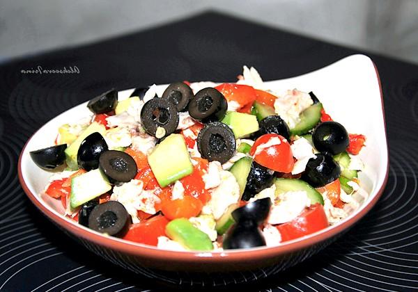Салат курочка з маслинкой: Приємного апетиту!