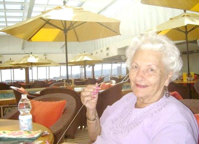 Найщасливіша пенсіонерка на землі