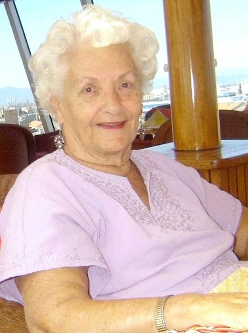 Найщасливіша пенсіонерка на землі: Вахтсеттер кличуть на судні не інакше як «Мама Лі» .Блогер Пенні Хо, яка зустріла цю жінку під