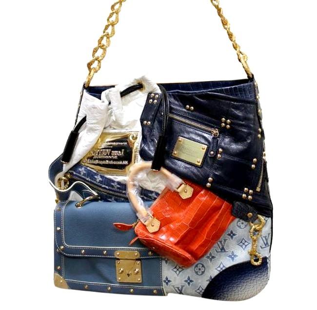 Самі ексклюзивні сумки в світі: Louis Vuitton. Ціна $ 52,500.Ідея і історія цієї сумки виникли задовго до того, як аксесуар став унікальним.