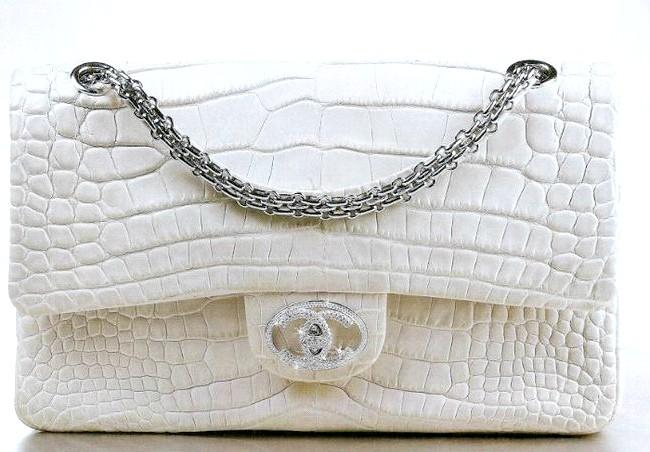 Самі ексклюзивні сумки в світі: Chanel. Ціна $ 261,000.Кто не любить