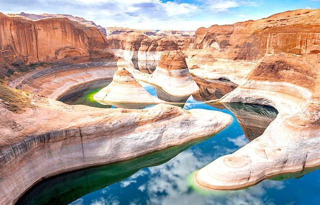 Найкрасивіші озера світу: Каньйон Відображення на озері Пауелл - краса по-американськи.