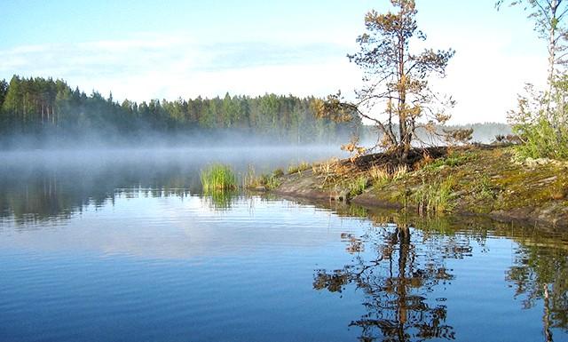 Найкрасивіші озера світу: 5. Озеро Сайма у Фінляндії Озеро Сайма знаходиться всього в 2,5 годинах їзди від Гельсінкі - столиці Фінляндії, але