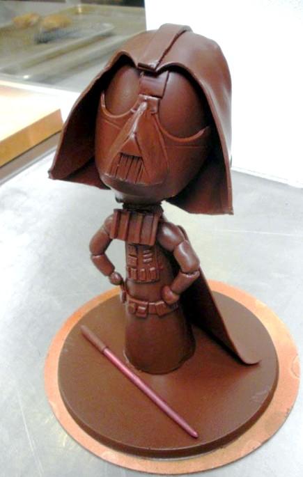 Найнеймовірніші шоколадні вироби: У кожного фаната «Зоряних воєн» повинен бути ось такий шоколадний Дарт Вейдер.