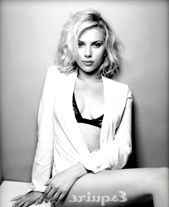 Найсексуальніші жінки за версією журналу Esquire: Скарлетт ЙоханссонСкарлетт Йоханссон на премії «Золотий глобус» номінована на кращу роль другого плану за свою роботу