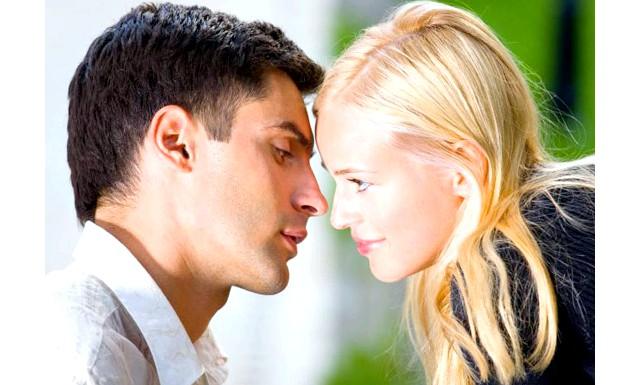 Секс на першому побаченні псує подальші відносини: Серед пар, тривалість відносин яких становила мінімум рік, люди, які вступали вже в перші тижні відносин в статевий контакт, відчували меншу
