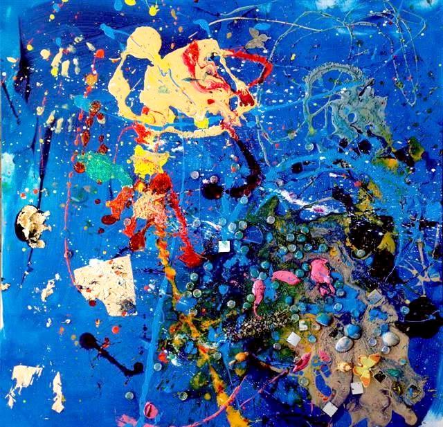 Семирічна дівчинка малює приголомшливі картини: Для малювання маленька Аеліта використовує яскраву акрилову фарбу, а також іграшки (наприклад, пластикових динозаврів, метеликів, пінгвінів і т.д.).