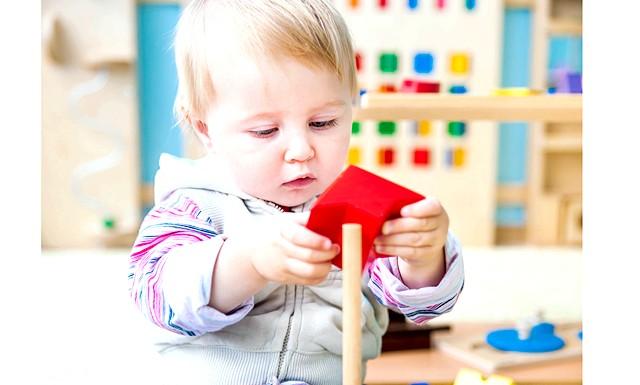 Чи варто віддавати дитину в садок до 3-х років ?: Факти «проти» Деякі дослідження в різних країнах показують, що до 3-х років дитина дуже сильно прив'язаний