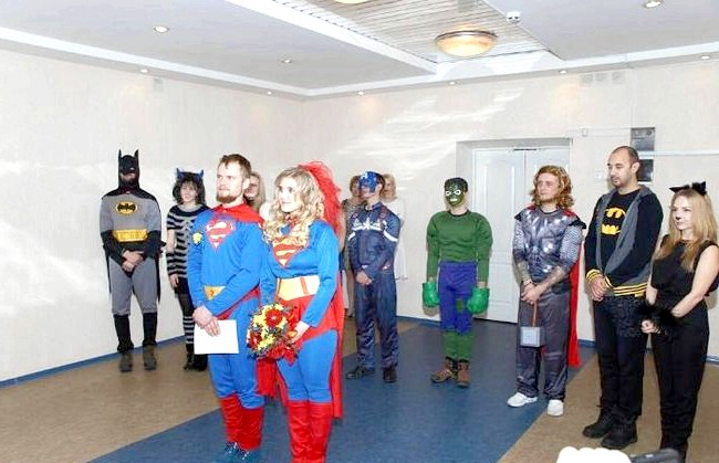 Весілля суперменів відбулася в Іркутській області: «Я працюю в магазині, що продає товари з« Супергеройське »тематикою, перейнялася нею, тому ми подумали, а чому б і не зробити