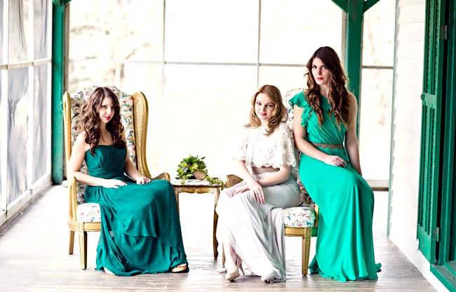 Весільні тренди в 2014 році: ОмбреЕслі Вам набридли однотонні кольори і хочеться більш складного рішення свого весілля, то Ви можете використовувати