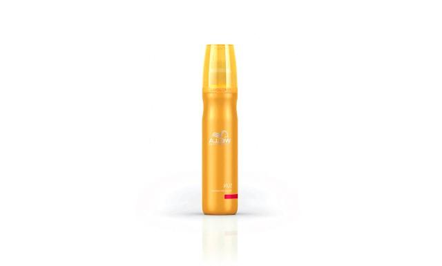 Топ-10 засобів для зволоження волосся: Зволожуючий крем Wella Professionals Sun Hair and Skin HydratorУвлажняющій крем з сонячної серії Wella Professionals Sun