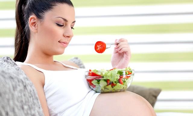 Важка вагітність не привід для постільного режиму: