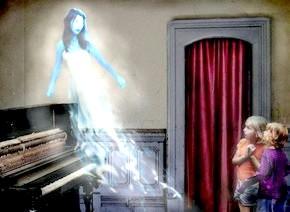 привид над піаніно