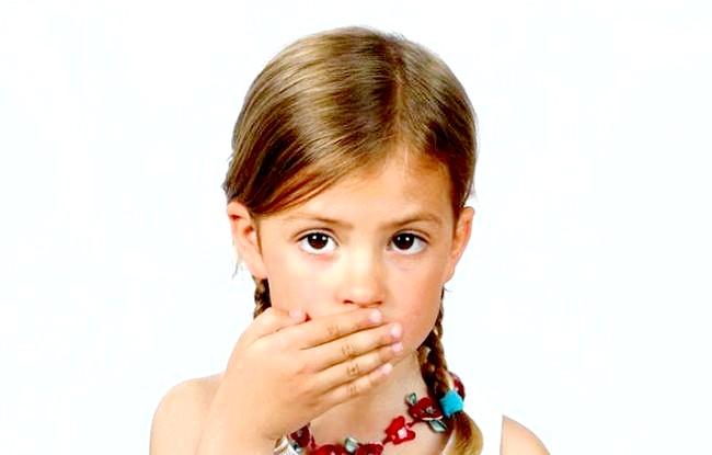 Вчені заявили про небезпеку домашніх пологів: Бразилійка Жизель Бундхен обох своїх дітей народила у себе вдома у ванні, хоча найбільш високооплачувана топ-модель планети могла б дозволити