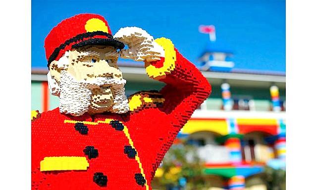 У Каліфорнії побудували перший у світі Lego-готель: Перший у світі тематичний Lego-готель побудували в Карлсбаді, американський штат Каліфорнія.Он знаходиться в каліфорнійському парку Legoland