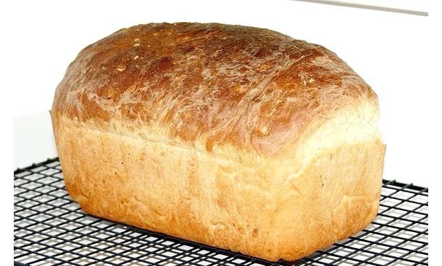 У регіонах почали додавати в хліб бересту: Про запуск виробництва хліба з берестом поінформував інтернет-сайт крайового управління з розвитку підприємництва та ринкової інфраструктури. Додавати березову кору в