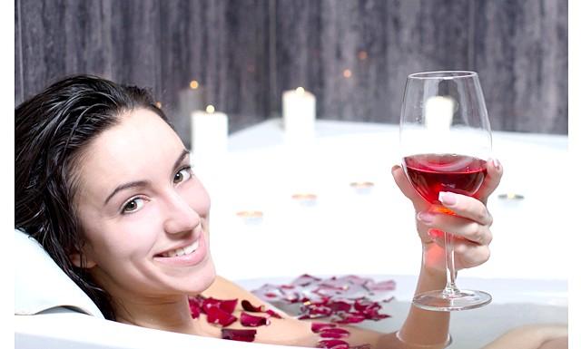 Ванна з вина - новітнє засіб проти зморшок