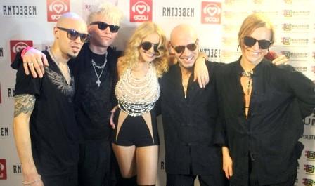 Вечірка LOVE RADIO змусила всіх роздягтися: Анжеліка Варум