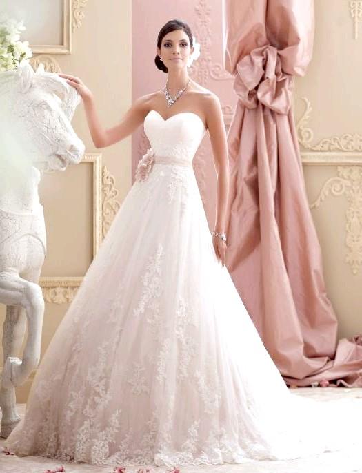 Весняна колекція весільних суконь David Tutera: