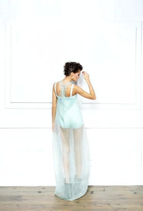 Вокалістка A'STUDIO відкриває шоу-рум дизайнерського одягу: