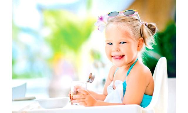 Виявлено кращий тип харчування проти дитячого ожиріння: Задіявши методику анкетування батьків, а також провівши вимірювання антропометричних показників у дітей, що брали участь в дослідженні, медики прийшли до висновку, що