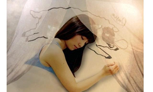 Здоровий сон для японок в кафе Quska Sleeping: Японці - одна з найбільш працьовитих націй - точно знають, як важливо швидко і якісно виконувати свою роботу, тому саме