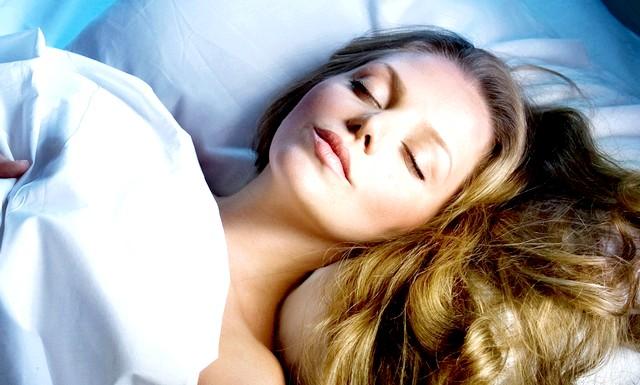 Здоровий сон допоможе завагітніти: У дослідженні брали участь 656 жінок, які намагалися завагітніти за допомогою ЕКЗ. З'ясувалося, що найбільше шансів на успішне запліднення було