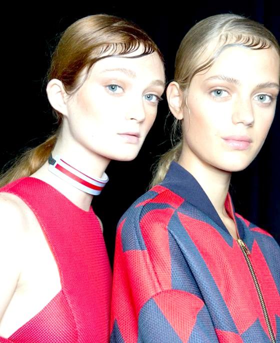Зигзагоподібний проділ: створюємо образ з показу DKNY: