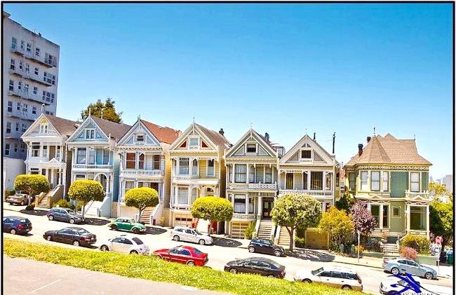 Знаменита вулиця Steiner: Інтерес до цих будинків виник лише в 1963 році. Художник Butch Kardum, натхненний колишнім пишністю свого старовинного будинку, перефарбував його