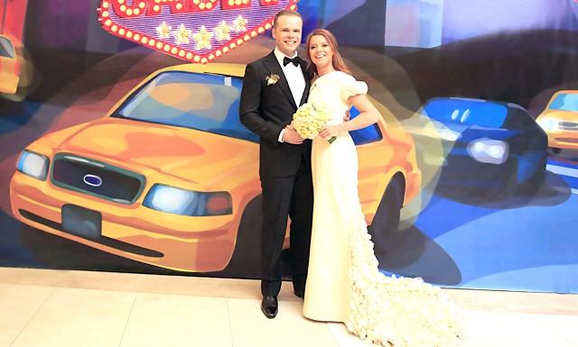 Зіркові гості на весіллі Юлії Савичевої: Молода пара разом вже більше 10 років і, нарешті, вони зіграли довгоочікувану весілля, яка обійшлася їм в 6 мільйонів доларів.