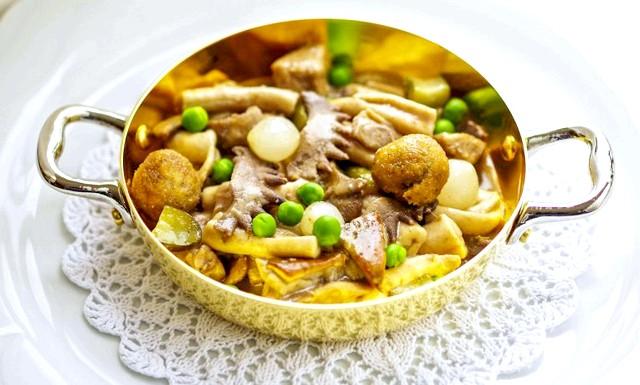 Головні страви та продукти різних країн: Блюдо «Quinto quarto», Рим, ІталіяРайон Риму Testaccio колись був батьківщиною найбільшою бойні Європи. Головне м'ясо